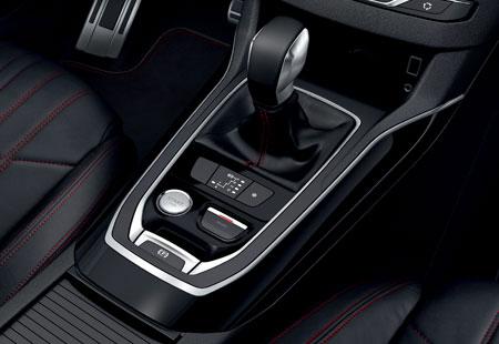 L'intérieur de la nouvelle Peugeot 308 GT