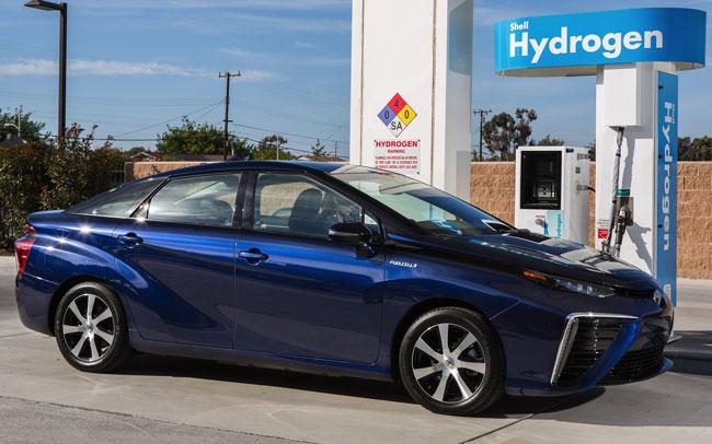 Toyota Mirai : Toyota tente de poursuivre ses travaux sur l'automobile propulsée à l'hydrogène
