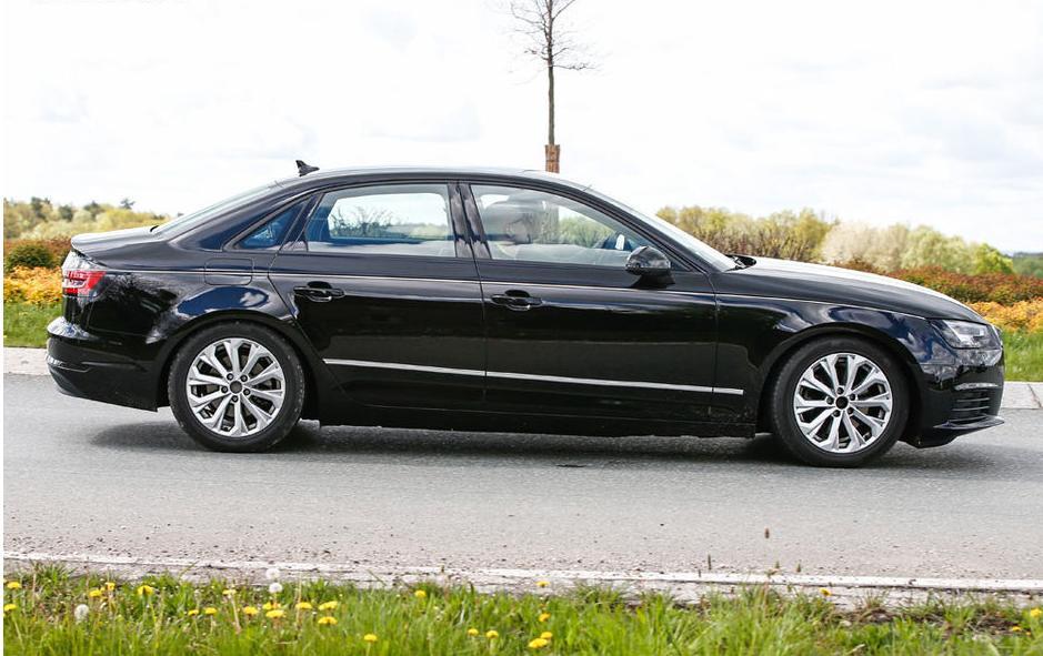 Le Spyshot de l'Audi A4 Sedan