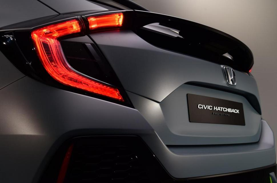 Optique arriere de la Honda Civic Hatchback 2017