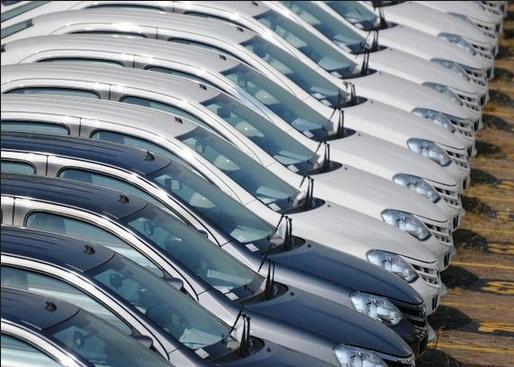 Automobile: le marché français retrouve la croissance en août: +6,7%